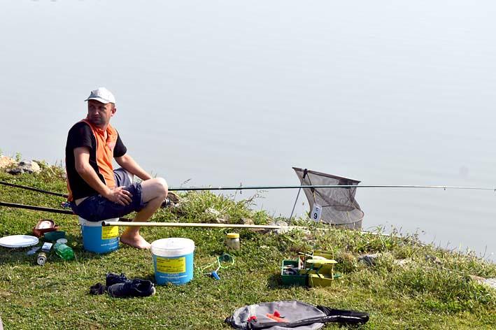 zašto se internetsko druženje naziva catfishing besplatno online oglasnik za upoznavanje