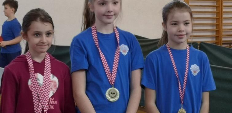 Stolnotenisačica Požege Marta Šipek  prva na 4. otvorenom regijskom turniru Zapadne Slavonije