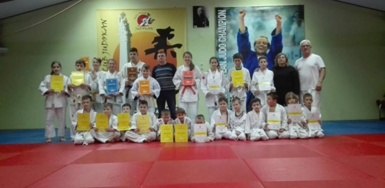 Judo klub Judokan uručio diplome članovima koji su položili za pojaseve u prosincu 2016.