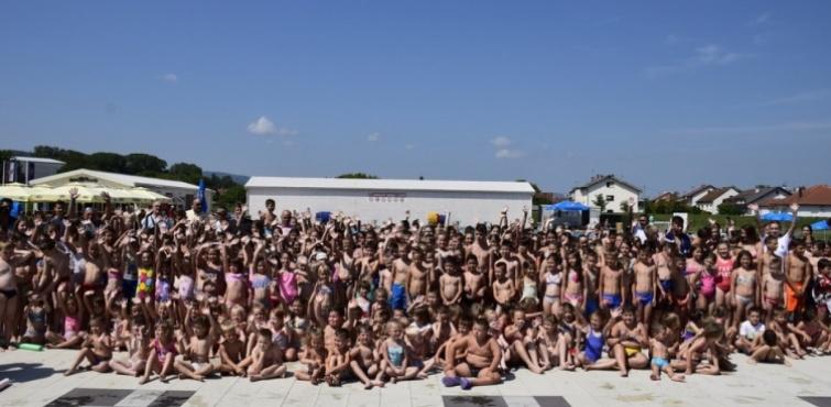 Gradonačelnik Darko Puljašić svečano otvorio Školu plivanja Požeškog športskog saveza