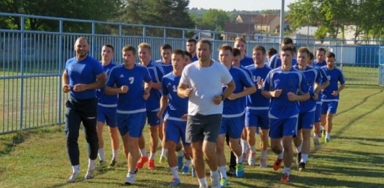 Nogometaši Slavonije krenuli s pripremama pod vodstvom novog trenera Krešimira Brkića
