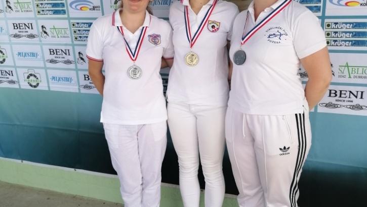 Maja Grdiša (SK Požega) treća na 23. Kupu Dubrave u gađanju samostrelom na otvorenom